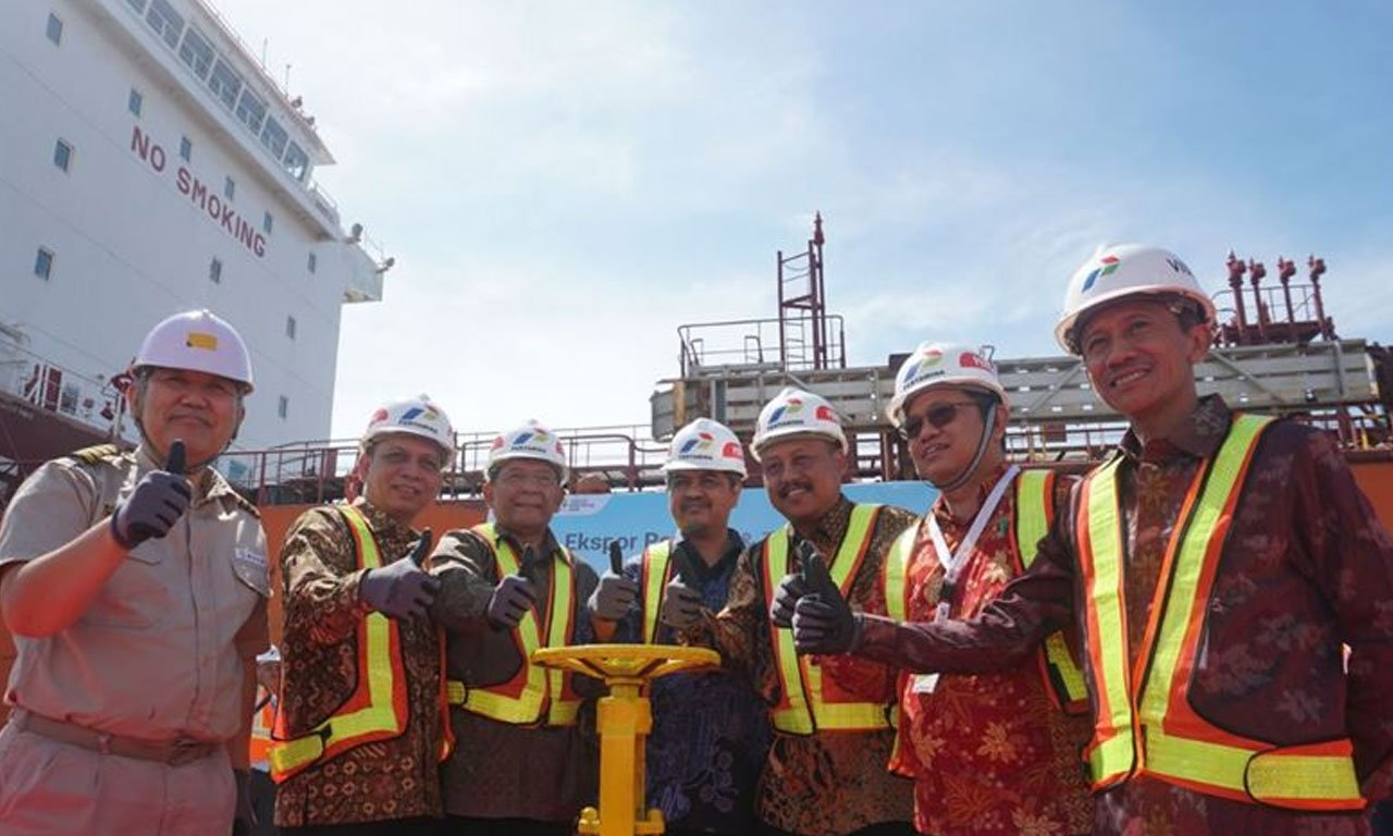 The-Initial-Export-and-the-Launching-of-Trading-Hub-Lube-Base-Oil-at-Kabil-Port-Batam